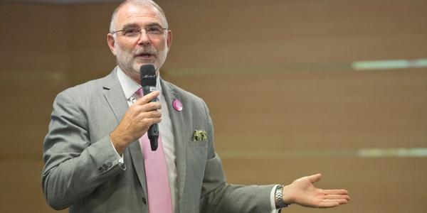 Yves de Montbron, conférencier